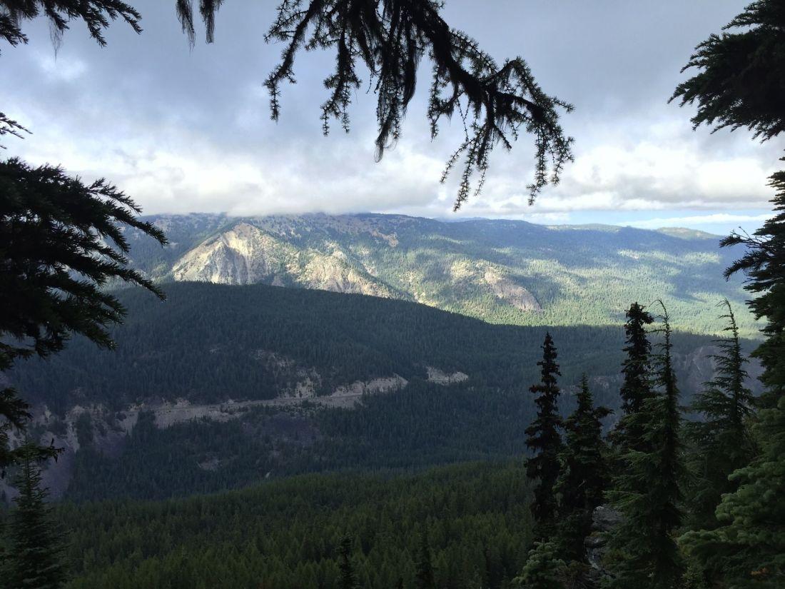round-mountain-trail