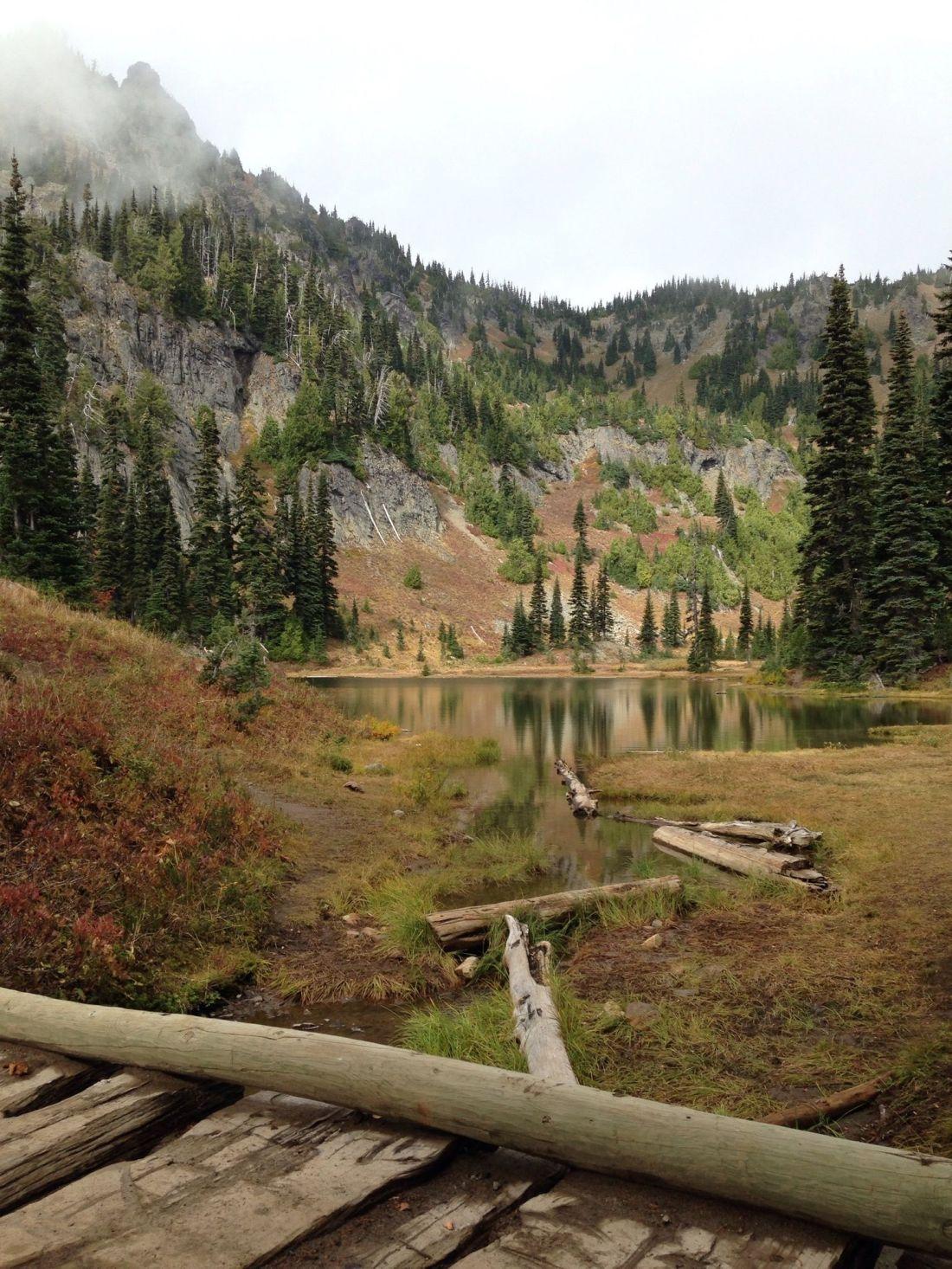 sheep-lake-and-sourdough-gap-trail